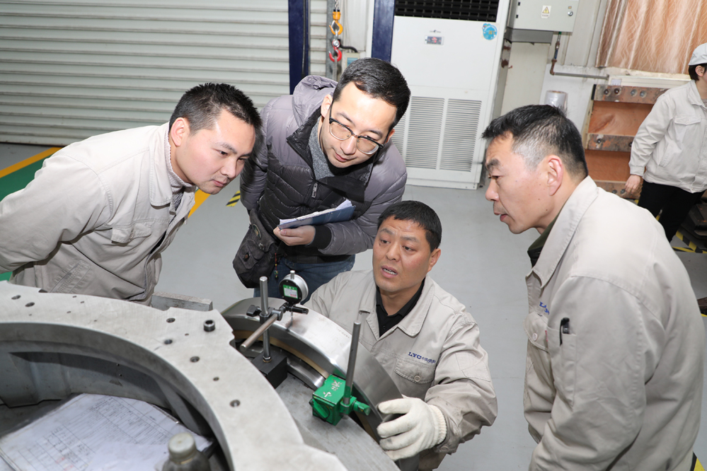 The first large diameter off-axis telescope bearing in China was successfully finished from production line at LYC Bearing Corporation