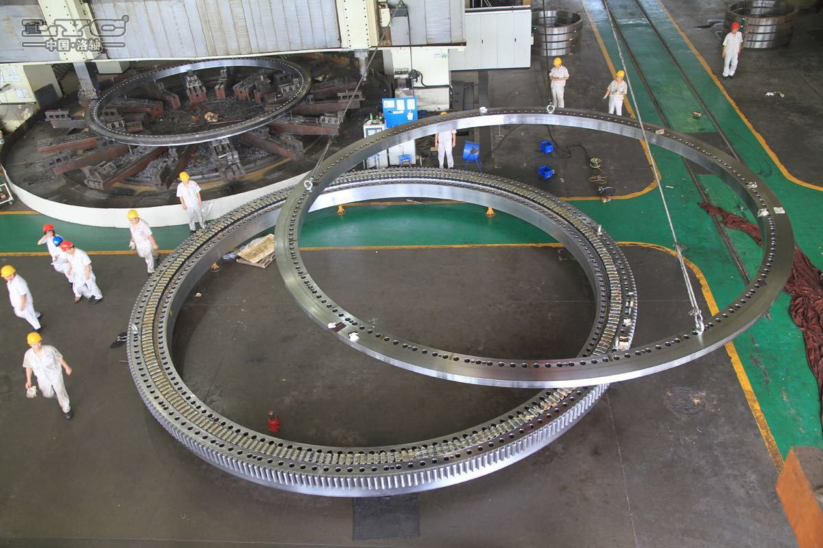 10.3-meter-diameter integrated extra large slewing bearing was born in LYC Bearing Corporation